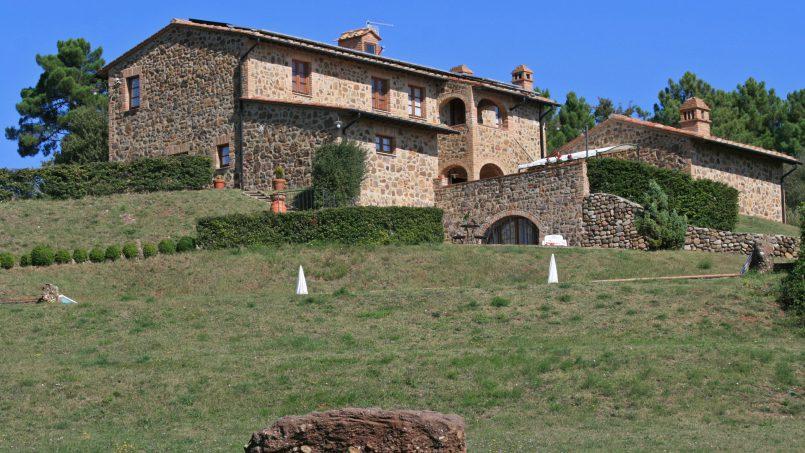 Farmhouse le campore tuscany siena 1