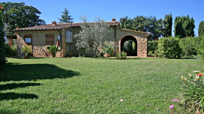 Cottage stone built Il Viale Tuscany Pisa 2