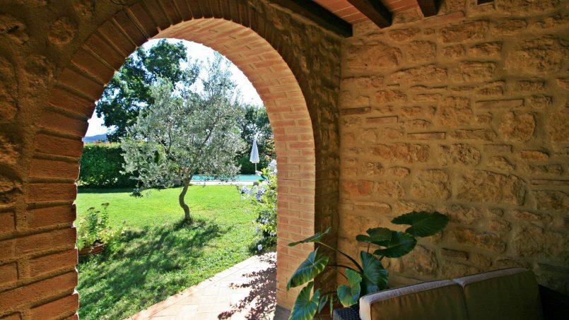 Cottage stone built Il Viale Tuscany Pisa 9