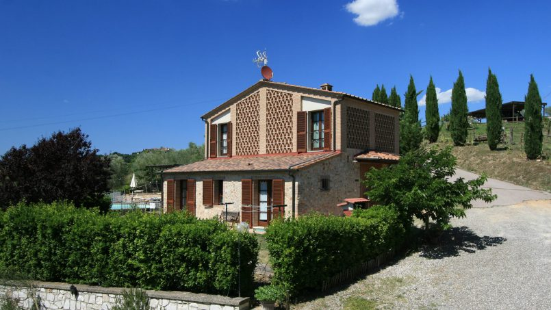 Hillside stone Villa Susino Rosso Tuscany Siena 1