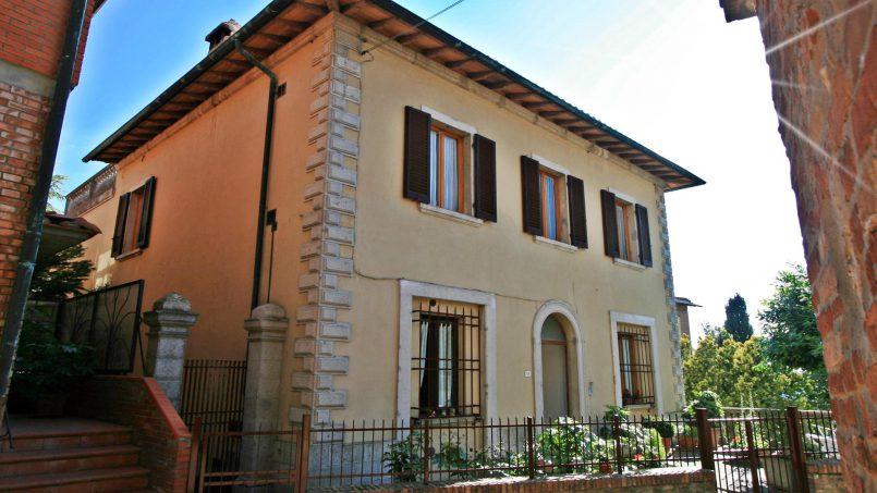 Village house Casa Lilia Tuscany Siena 2
