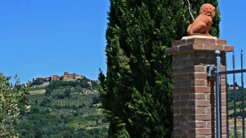 Hillside stone Villa Susino Rosso Tuscany Siena 28