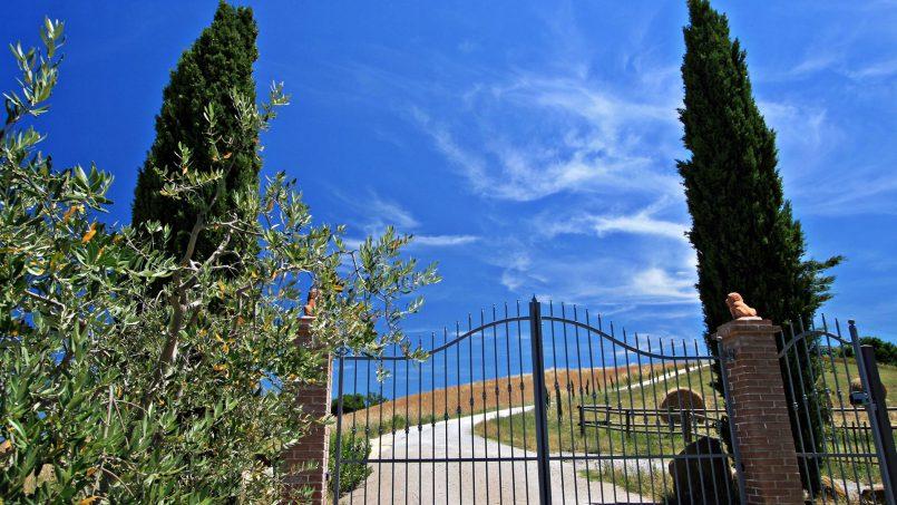 Hillside stone Villa Susino Rosso Tuscany Siena 29