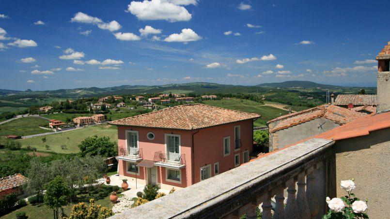 Village house Casa Lilia Tuscany Siena 9
