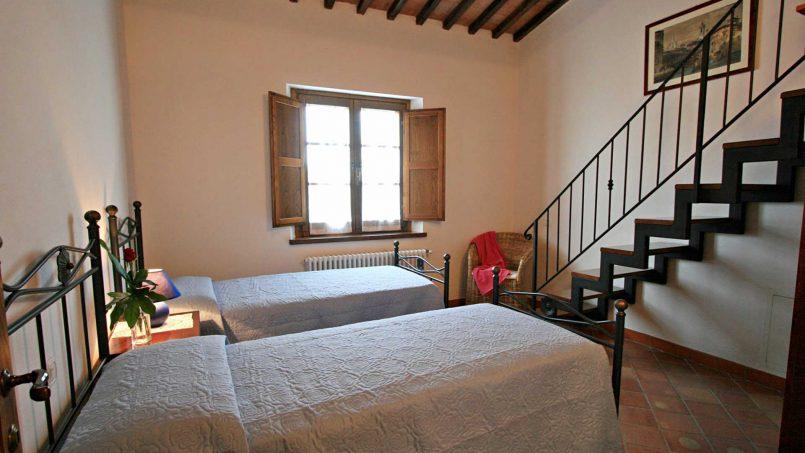 Stone cottage Graziosa Tuscany Siena 40