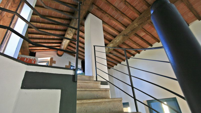 Ancient stone barn Girasole Tuscany Monteriggioni 34