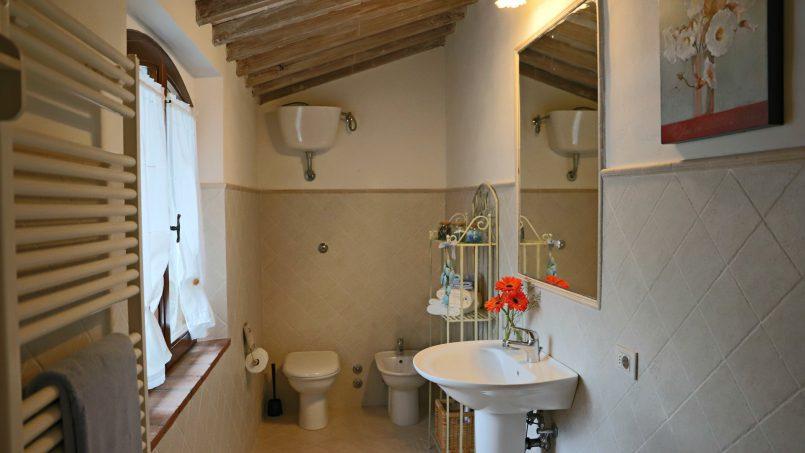 Cottage stone Bel Sole Tuscany Siena 49 a