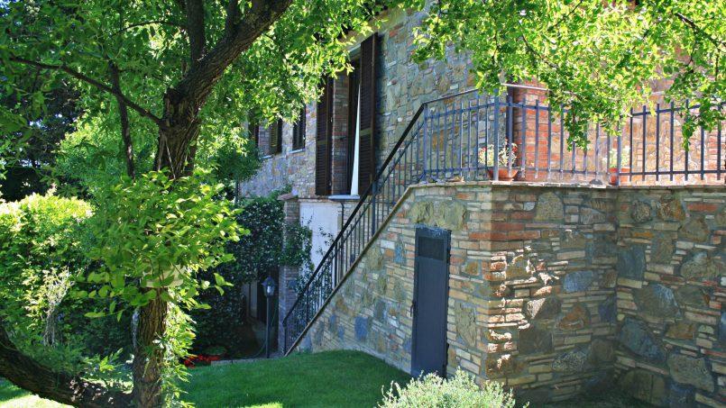 Stone built house Brunello Tuscany Siena 3