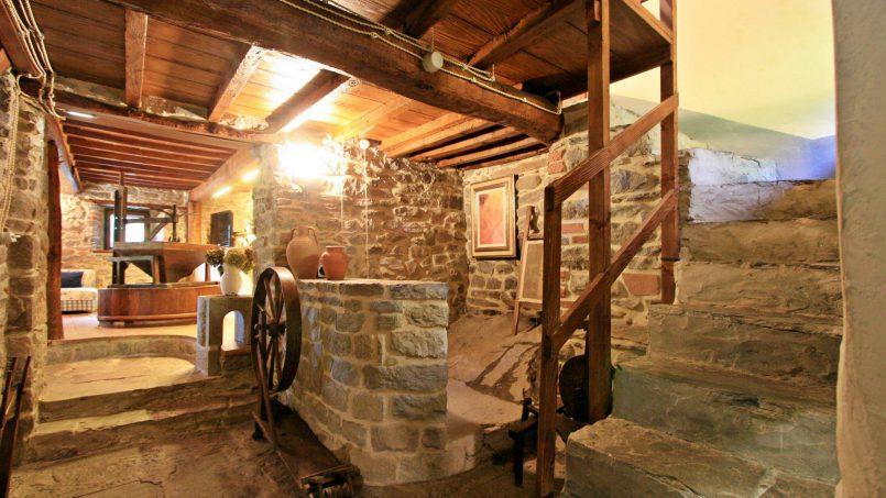 Former mill Verdevalle Tuscany Talla 42