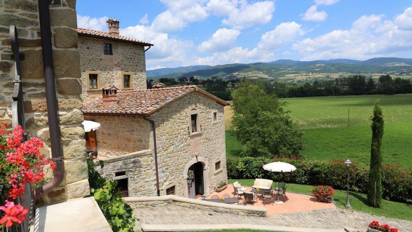 Ancient hamlet Borgo Sereno Tuscany Arezzo 21
