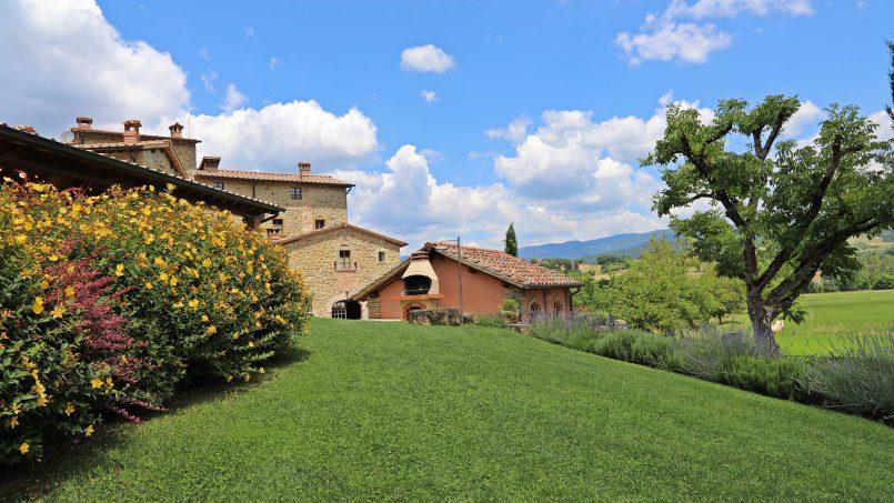 Ancient hamlet Borgo Sereno Tuscany Arezzo 32