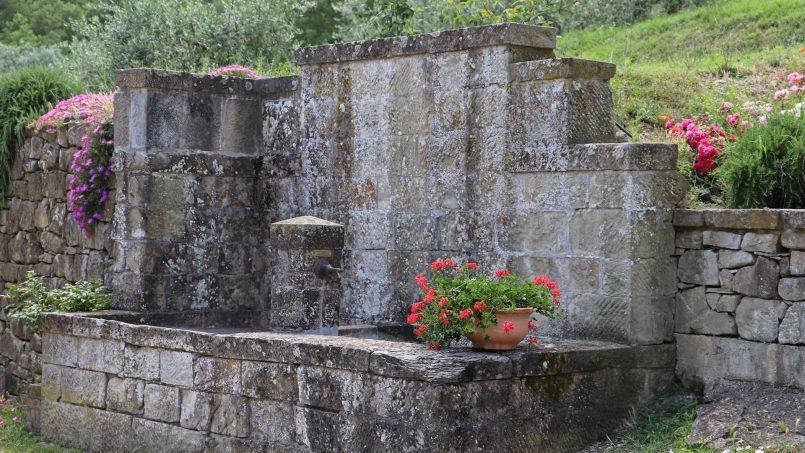 Ancient hamlet Borgo Sereno Tuscany Arezzo 34