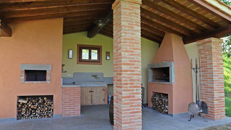 Ancient hamlet Borgo Sereno Tuscany Arezzo 41