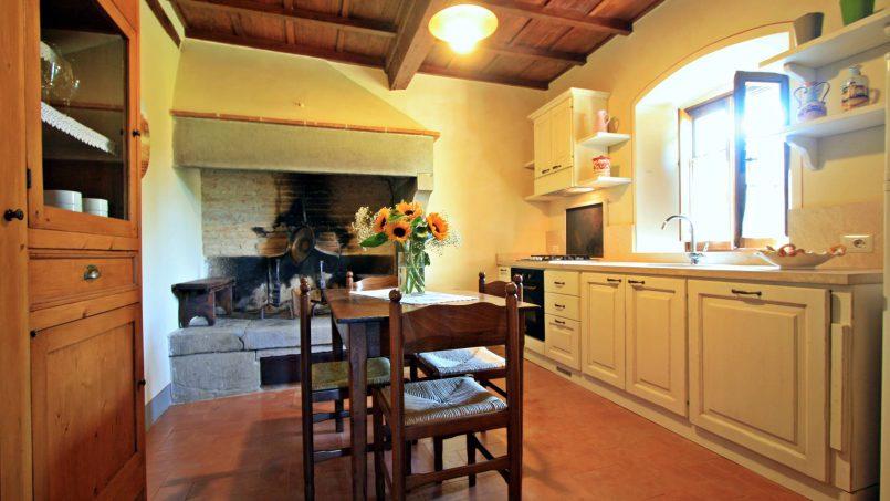 Ancient hamlet Borgo Sereno Tuscany Arezzo 54
