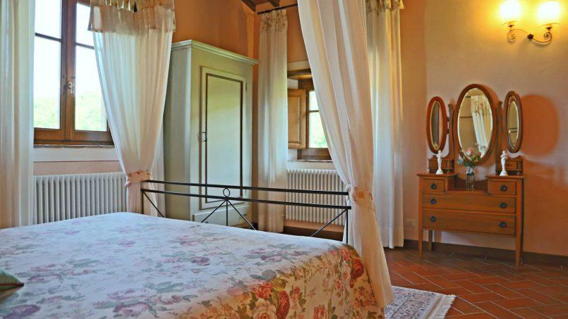 Ancient hamlet Borgo Sereno Tuscany Arezzo 62