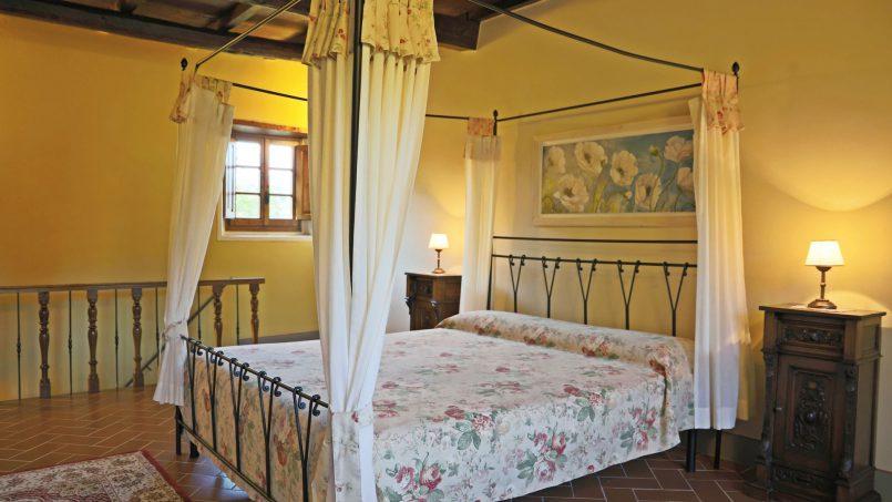 Ancient hamlet Borgo Sereno Tuscany Arezzo 75