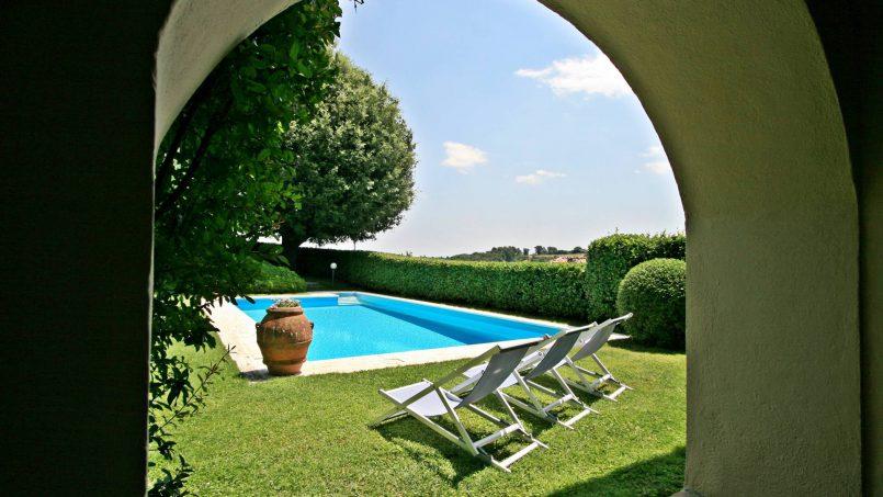 Hillside former convent Villa Dora Tuscany Siena 12
