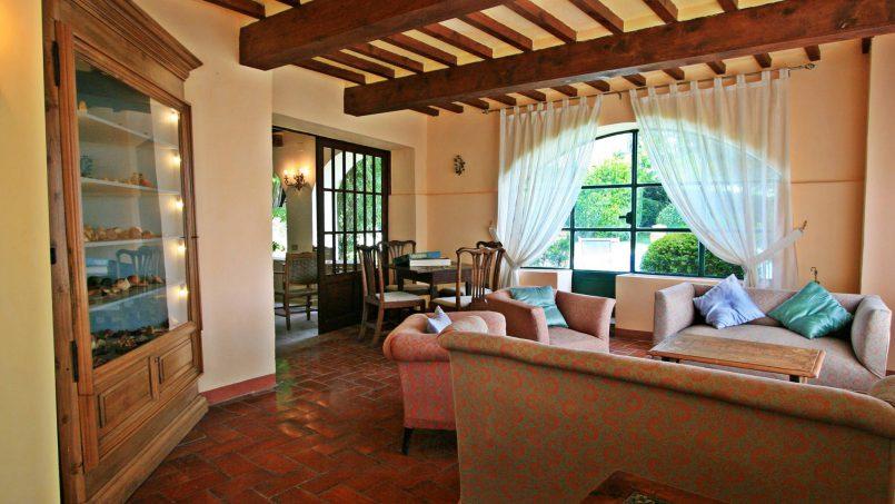 Hillside former convent Villa Dora Tuscany Siena 14