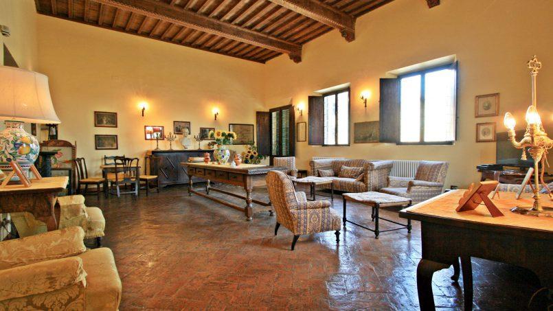 Hillside former convent Villa Dora Tuscany Siena 26