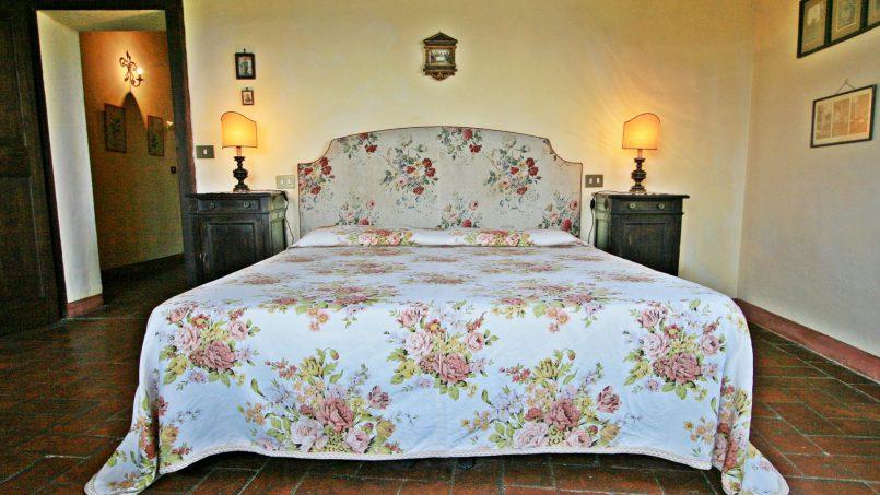 Hillside former convent Villa Dora Tuscany Siena 35
