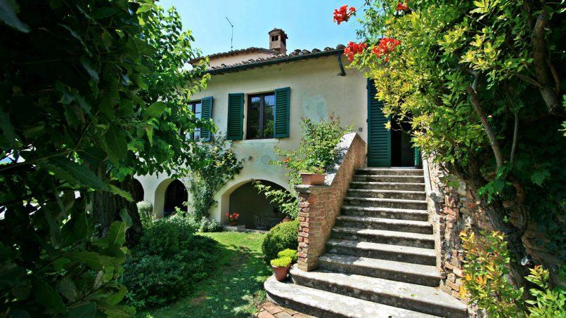 Hillside former convent Villa Dora Tuscany Siena 5