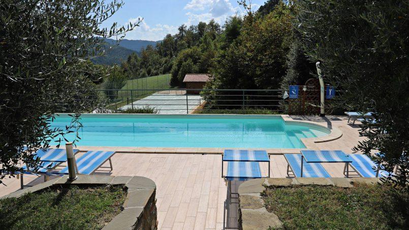 Stone villa Casa Bianca Tuscany Arezzo 19