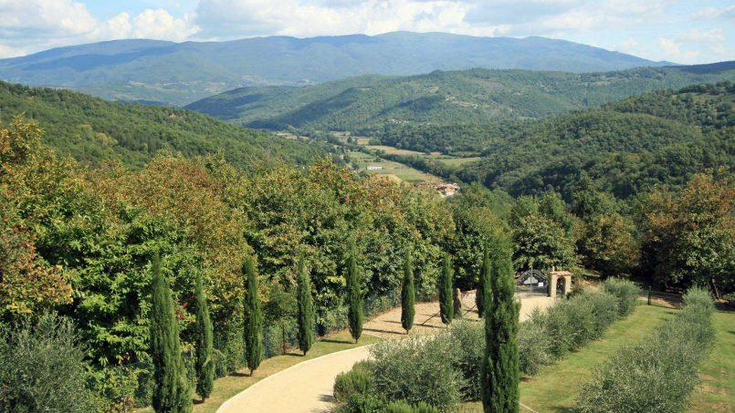 Stone villa Casa Bianca Tuscany Arezzo 29