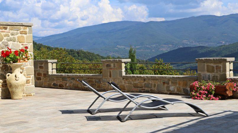 Stone villa Casa Bianca Tuscany Arezzo 6