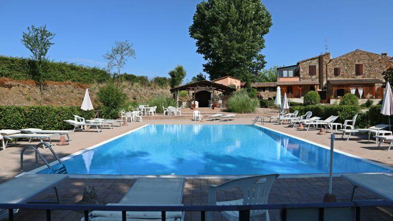 Romantic cottage Gelsomino Tuscany Casole d'Elsa 15