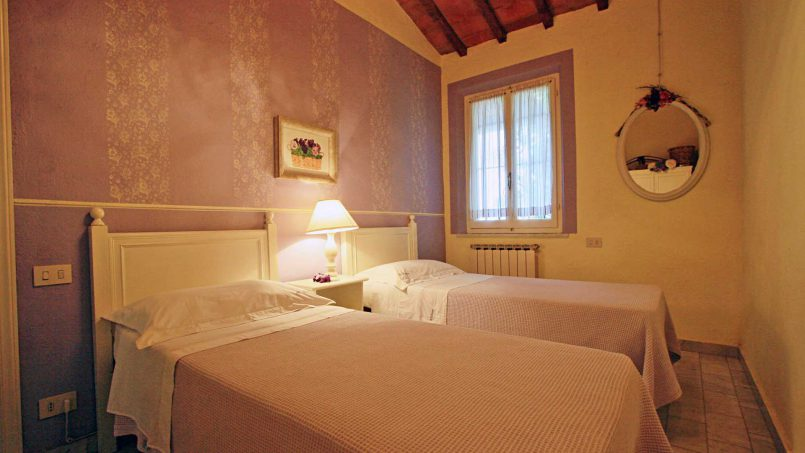 Romantic cottage Gelsomino Tuscany Casole d'Elsa 30