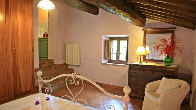 Stone farmhouse Il Colle Tuscany Radicondoli 27