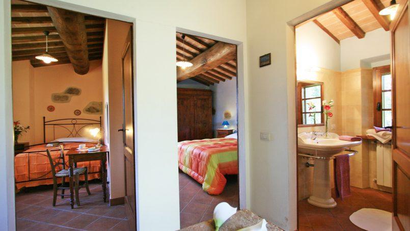 Stone farmhouse Il Colle Tuscany Radicondoli 45