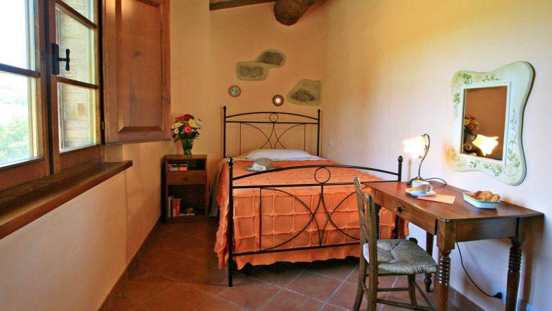 Stone farmhouse Il Colle Tuscany Radicondoli 48