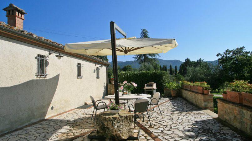 Holiday Villa old barn Peperoncino Tuscany Siena 2
