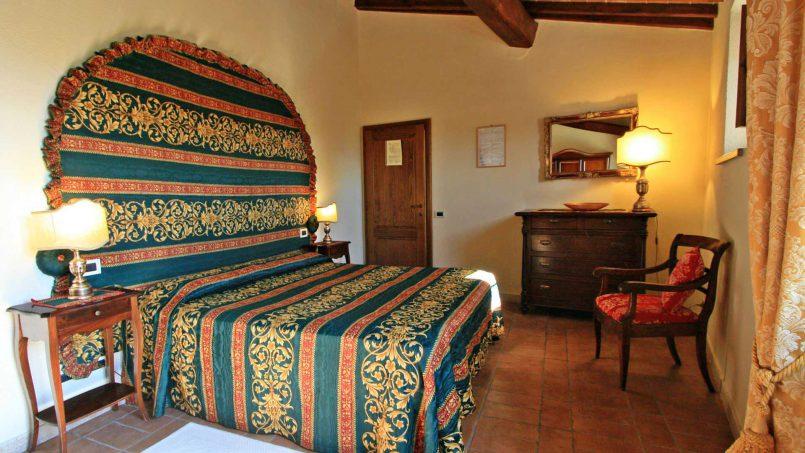 Holiday Villa old barn Peperoncino Tuscany Siena 26