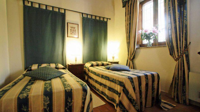 Holiday Villa old barn Peperoncino Tuscany Siena 27