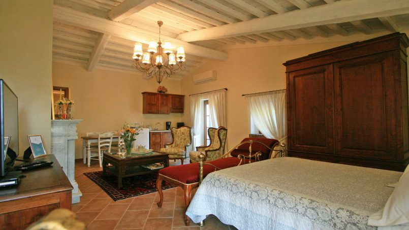 Hillside stone house Villa Frida X Tuscany Pisa 69
