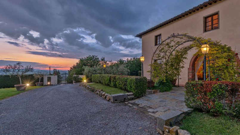 Residence double pool Dolce Villa Arezzo 32