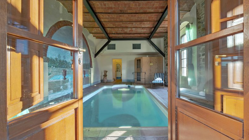 Residence double pool Dolce Villa Arezzo 47