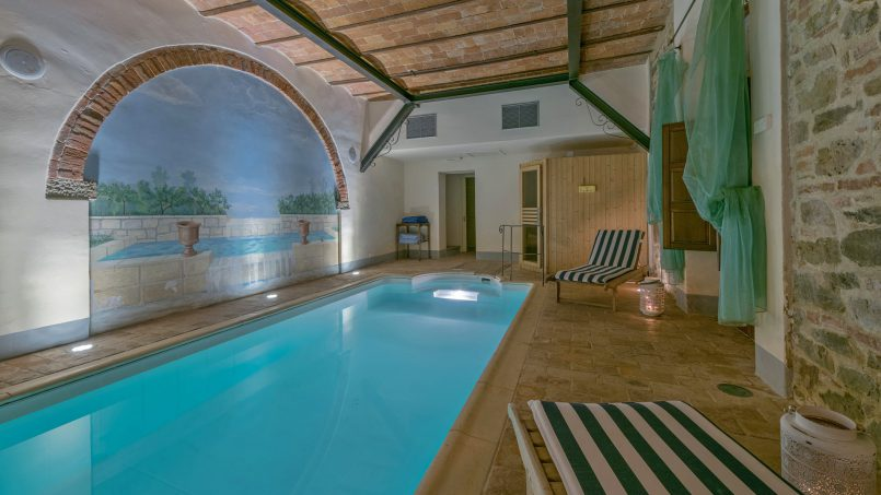 Residence double pool Dolce Villa Arezzo 50