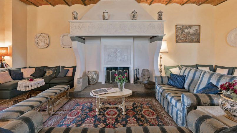 Residence double pool Dolce Villa Arezzo 54