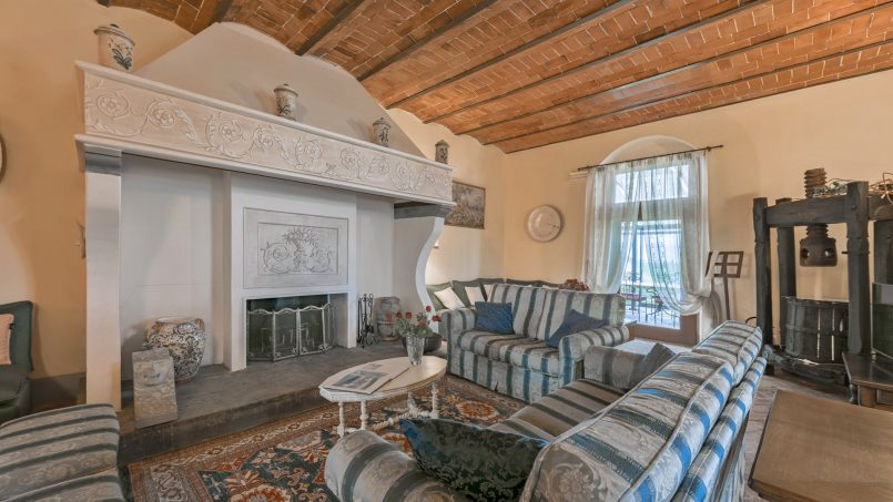 Residence double pool Dolce Villa Arezzo 55