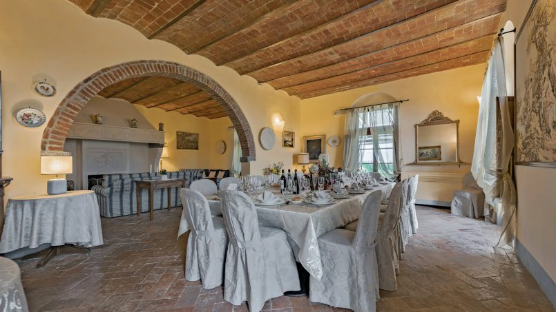 Residence double pool Dolce Villa Arezzo 57