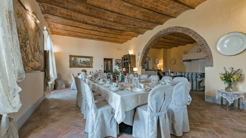 Residence double pool Dolce Villa Arezzo 58