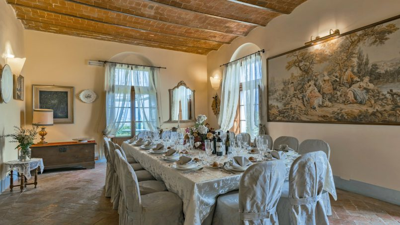 Residence double pool Dolce Villa Arezzo 59