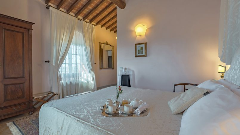 Residence double pool Dolce Villa Arezzo 68