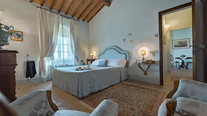 Residence double pool Dolce Villa Arezzo 70