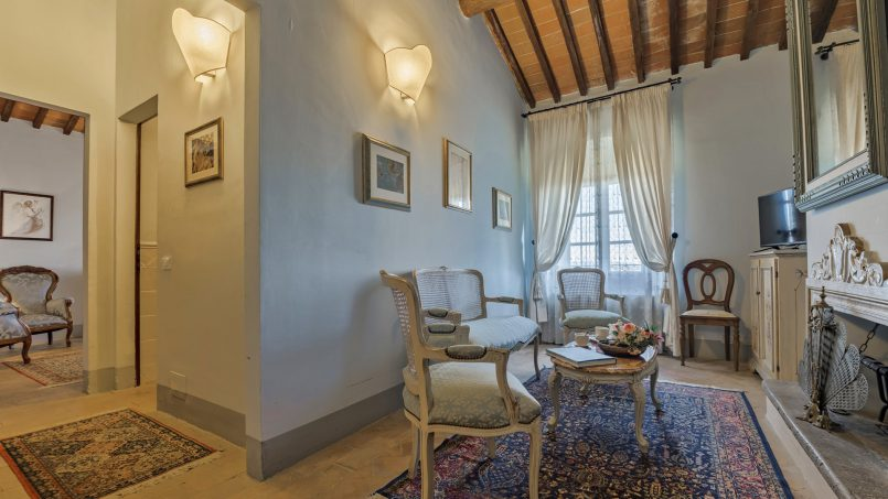 Residence double pool Dolce Villa Arezzo 72