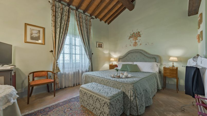 Residence double pool Dolce Villa Arezzo 74