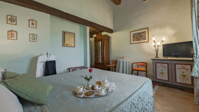 Residence double pool Dolce Villa Arezzo 75